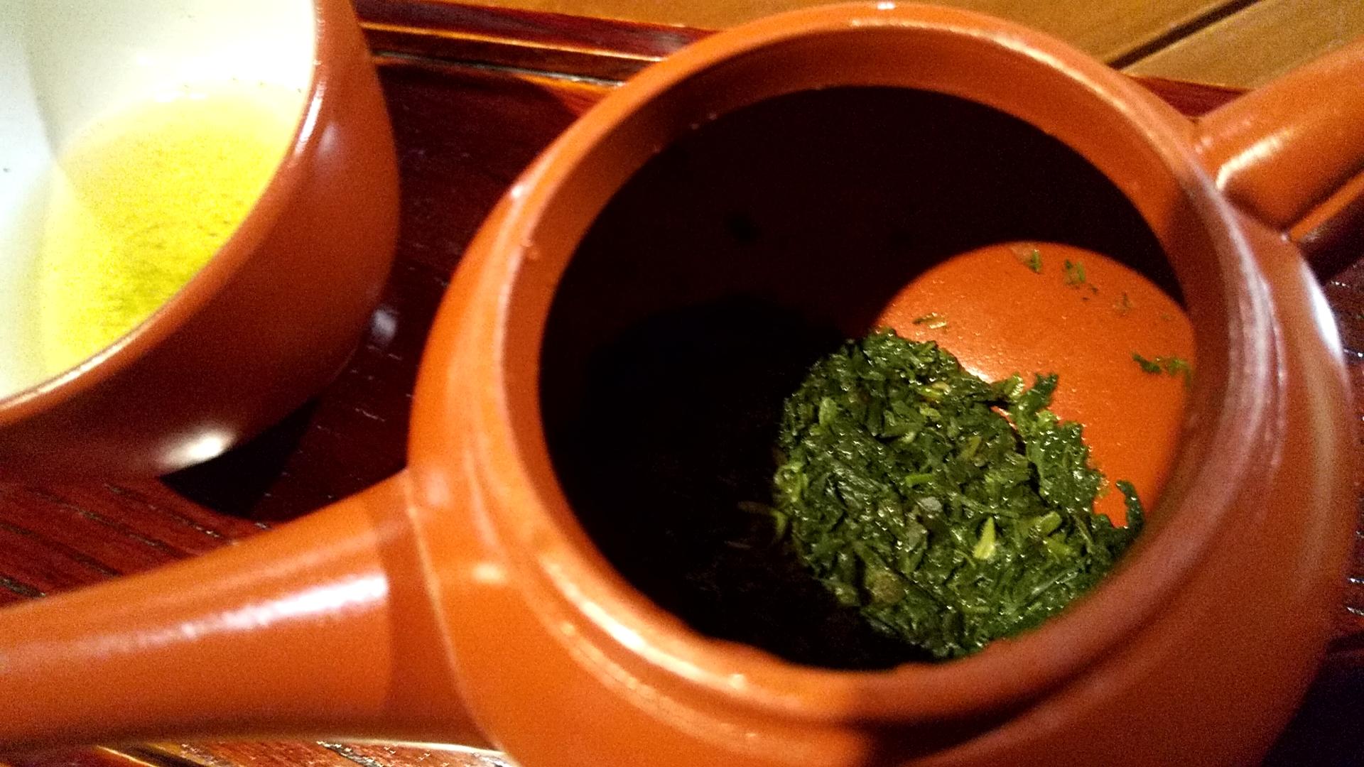 玉露の一煎目の茶葉