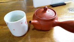 手打ちそば純 お茶が急須で出てくる!